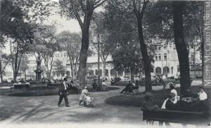 Carré Viger, Montréal, Qc, vers 1907, Neurdein Frères. Musée McCord, MP-0000.840.6.