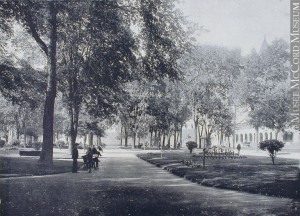 Square Viger, vers 1910. Musée McCord.